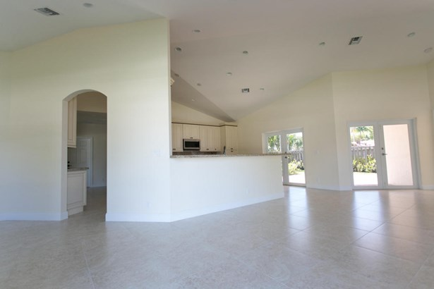 Single-Family Home - Delray Beach, FL (photo 3)