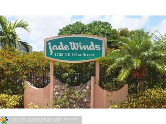 1750 Ne 191st St #611, Miami, FL - USA (photo 1)