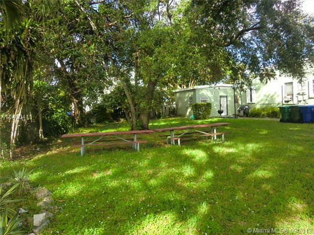 1259 Nw 56th St, Miami, FL - USA (photo 4)