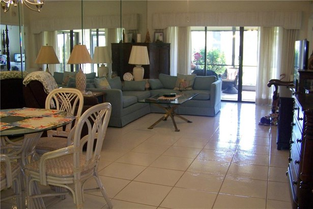 Condo/Townhouse - Hobe Sound, FL (photo 5)