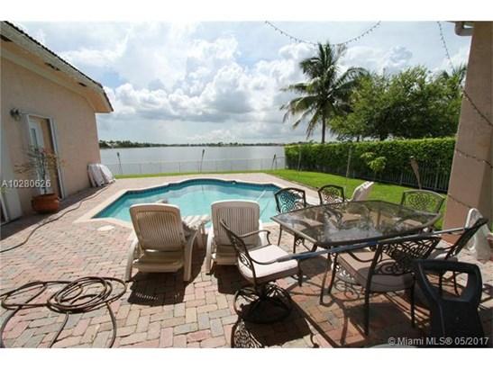 3501 Sw 195th Ave, Miramar, FL - USA (photo 3)