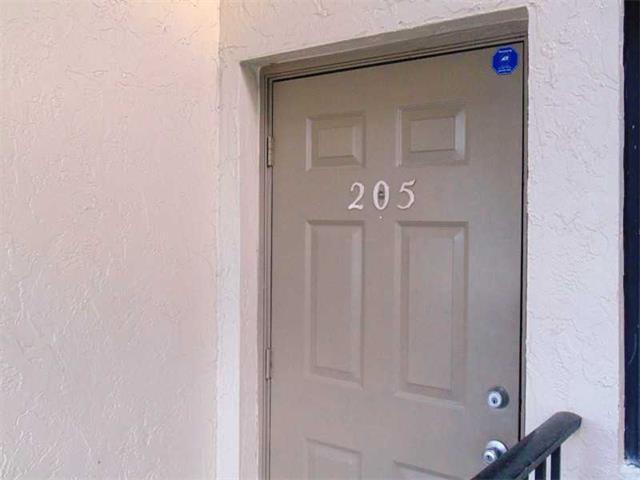 3200 Nw 46 St, Oakland Park, FL - USA (photo 3)