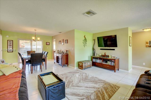 11290 Nw 42nd St, Coral Springs, FL - USA (photo 5)
