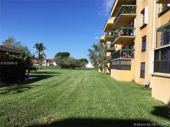 1350 Sw 122nd Ave, Miami, FL - USA (photo 2)