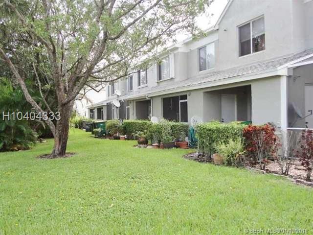 7842 Dixie Beach Cir  #7842, Tamarac, FL - USA (photo 2)