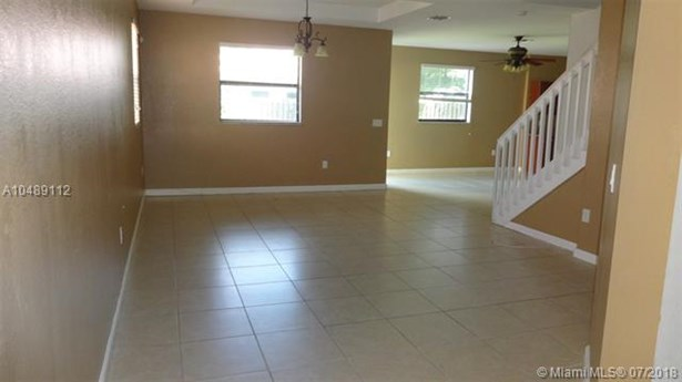 628 Se 37th Pl, Homestead, FL - USA (photo 2)