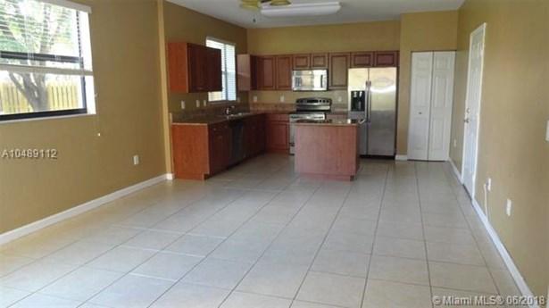 628 Se 37th Pl, Homestead, FL - USA (photo 3)