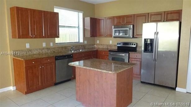 628 Se 37th Pl, Homestead, FL - USA (photo 4)