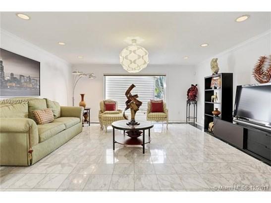 17200 Nw 86th Ave, Miami, FL - USA (photo 5)