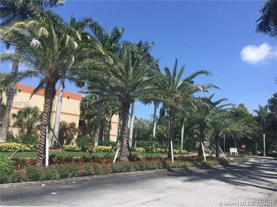 16300 Golf Club Road, Weston, FL - USA (photo 1)