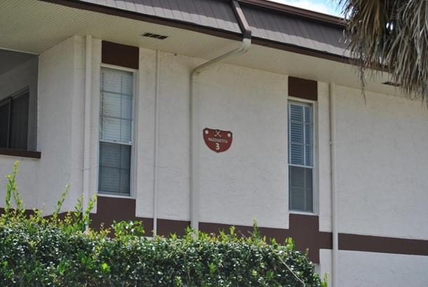 3 Greenway Village N Unit 204, Royal Palm Beach, FL - USA (photo 2)