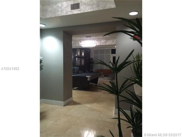 15051 Royal Oaks Ln  #701, North Miami, FL - USA (photo 2)