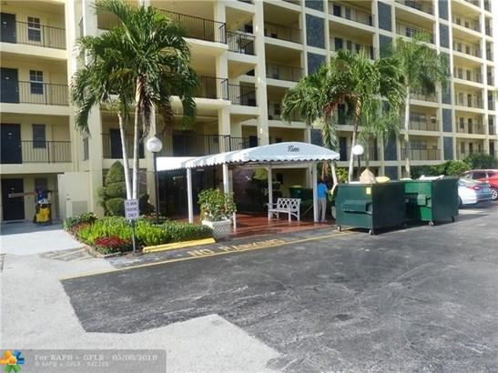 3100 N Palm Aire Dr #108, Pompano Beach, FL - USA (photo 1)
