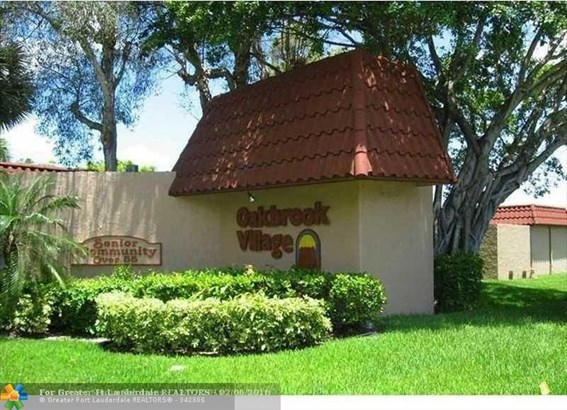 8220 Sw 24th St #4115, North Lauderdale, FL - USA (photo 1)
