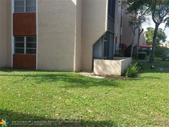 8220 Sw 24th St #4115, North Lauderdale, FL - USA (photo 4)
