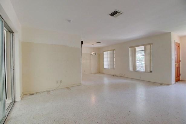4949 Dell Avenue, Lake Worth, FL - USA (photo 4)