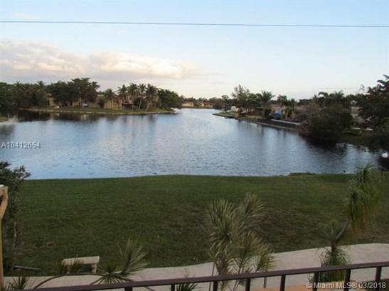1401 Nw 92nd Ave  #196, Pembroke Pines, FL - USA (photo 3)