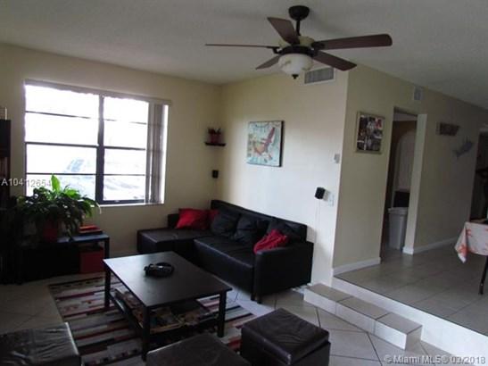 1401 Nw 92nd Ave  #196, Pembroke Pines, FL - USA (photo 5)