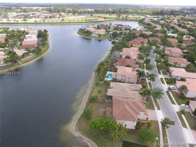 13387 Nw 14th St, Pembroke Pines, FL - USA (photo 2)