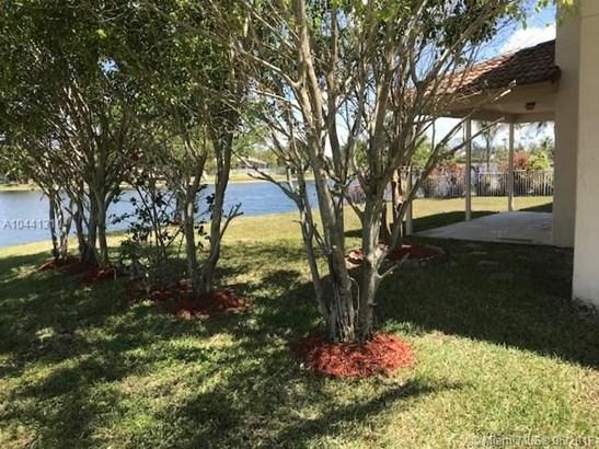13387 Nw 14th St, Pembroke Pines, FL - USA (photo 5)