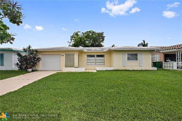 8515 Nw 57th Ct, Tamarac, FL - USA (photo 3)