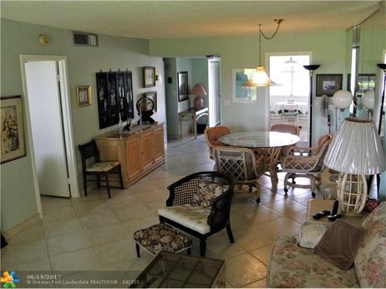 Condo/Townhouse - Plantation, FL (photo 3)