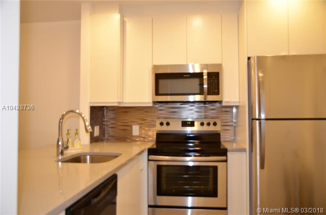 5102 Nw 36th St  #502, Lauderdale Lakes, FL - USA (photo 1)