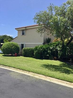 8639 Eagle Run Drive Unit 12, Boca Raton, FL - USA (photo 1)