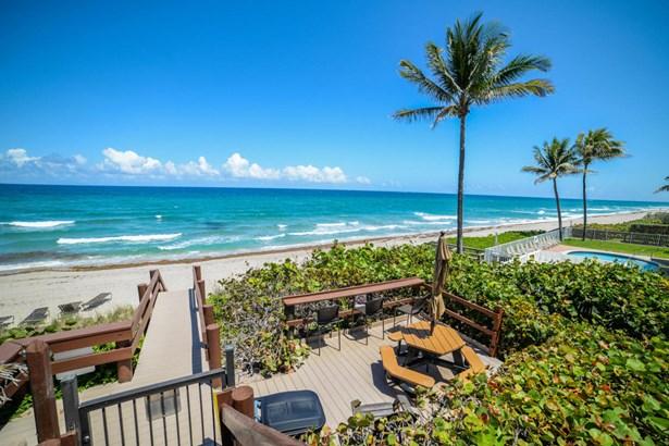 Condo/Townhouse - Hillsboro Beach, FL (photo 1)