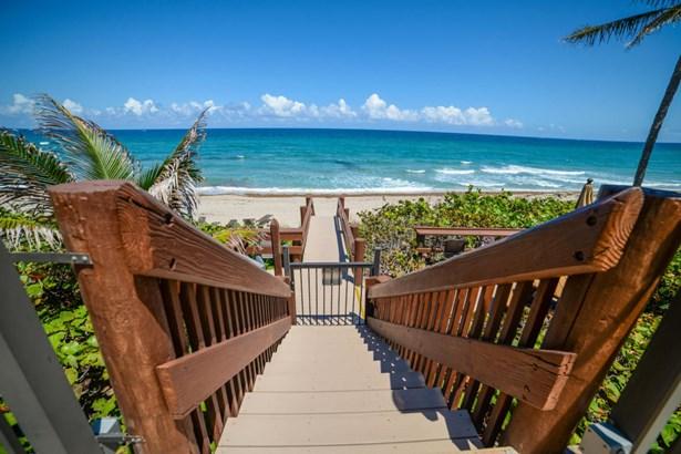 Condo/Townhouse - Hillsboro Beach, FL (photo 5)
