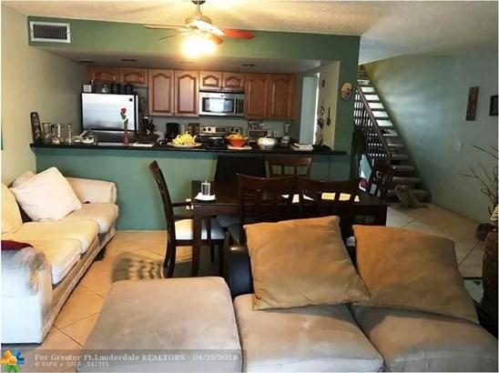 12350 Nw 11th Ct #12350, Pembroke Pines, FL - USA (photo 3)