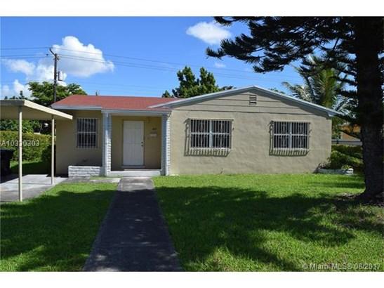 Single-Family Home - North Miami Beach, FL (photo 1)
