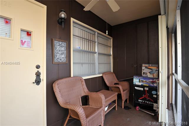 2040 Nw 81st Ave  #128, Pembroke Pines, FL - USA (photo 1)