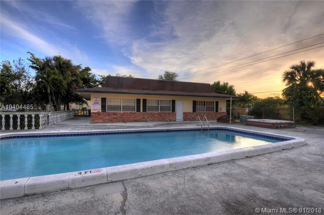 2040 Nw 81st Ave  #128, Pembroke Pines, FL - USA (photo 3)