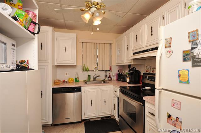 2040 Nw 81st Ave  #128, Pembroke Pines, FL - USA (photo 4)