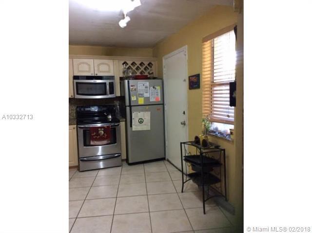 1351 Ne 191st St  #e117, Miami, FL - USA (photo 3)