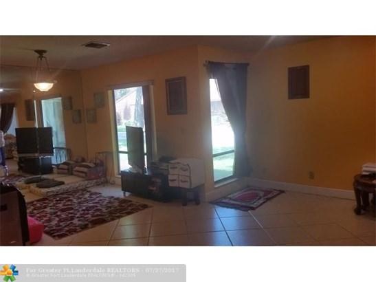6193 Pine Tree Ln #d, Tamarac, FL - USA (photo 5)