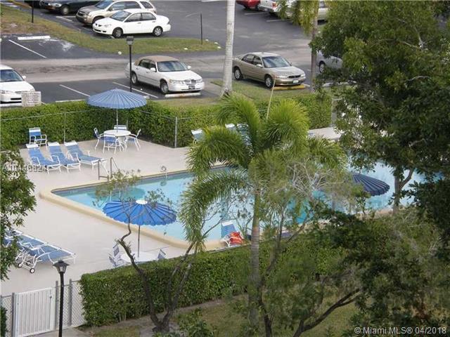 7080 Environ Blvd  #322, Lauderhill, FL - USA (photo 1)