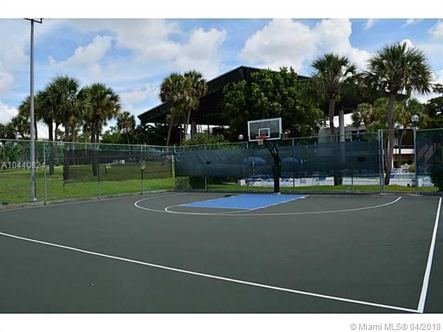 7080 Environ Blvd  #322, Lauderhill, FL - USA (photo 5)