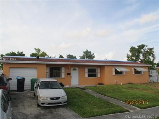 8491 Nw 185th St, Hialeah, FL - USA (photo 1)