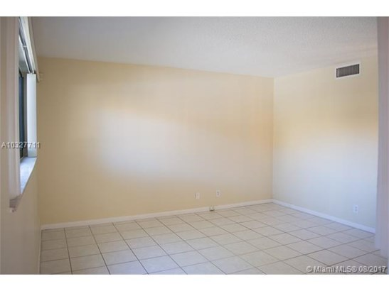 3220 Nw 88th Ave, Sunrise, FL - USA (photo 3)