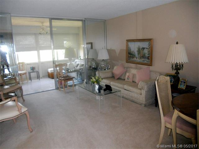 Condo/Townhouse - Margate, FL (photo 5)