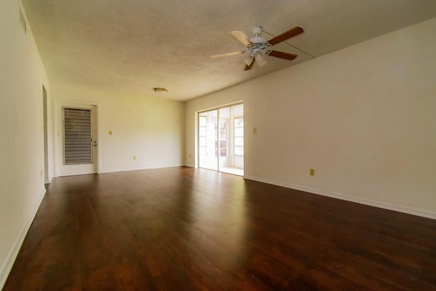 390 E Laurel Drive Unit 1d, Margate, FL - USA (photo 5)