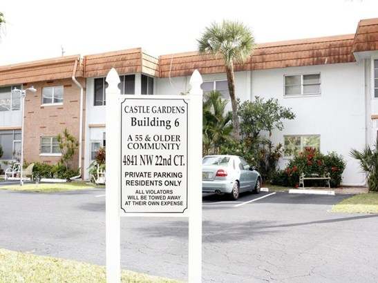 4841 Nw 22 Court Unit 216, Lauderhill, FL - USA (photo 2)