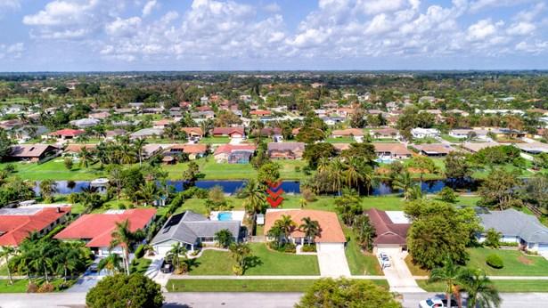 150 Granada Street, Royal Palm Beach, FL - USA (photo 2)