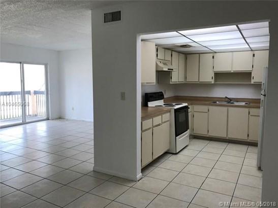 2030 Nw 119th St  #1204, Miami, FL - USA (photo 5)