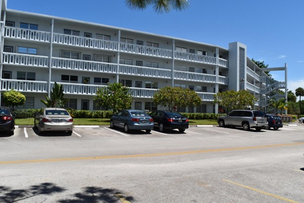3036 Ventnor H Unit 3036, Deerfield Beach, FL - USA (photo 2)
