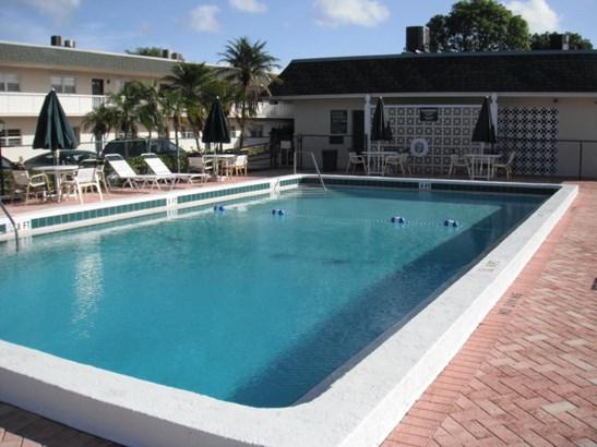Condo/Townhouse - Stuart, FL (photo 3)