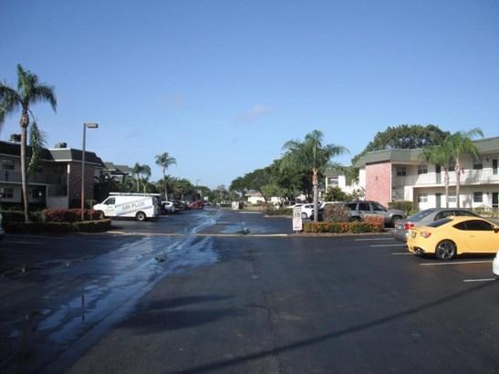 Condo/Townhouse - Stuart, FL (photo 5)