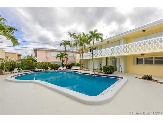 4630 Poinciana St, Lauderdale By The Sea, FL - USA (photo 2)